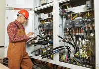 Top Reasons for Hiring a Professional Electrician
