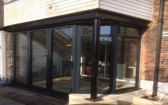 benefits of aluminium doors