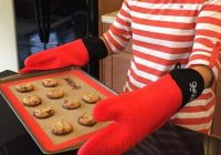 What are Different Types of Oven Mitts?